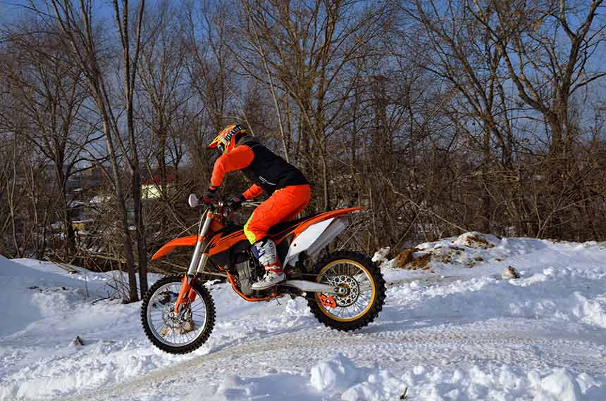 How To Winterize a Dirt Bike in Easy Two Steps